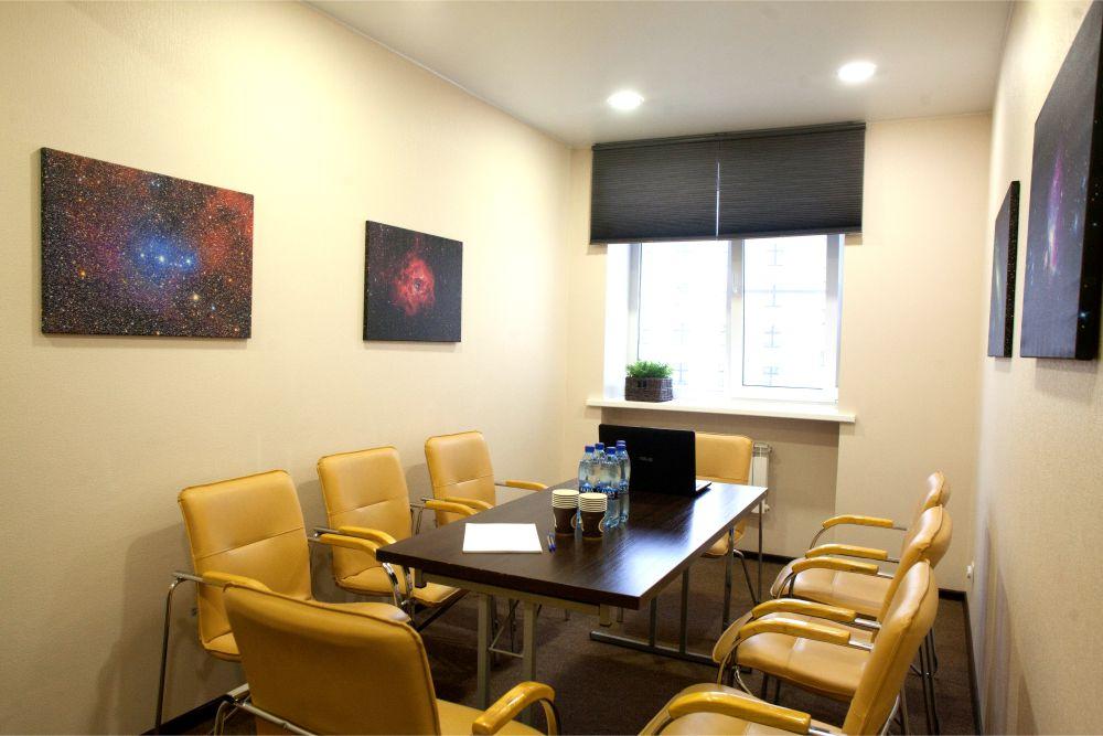 Переговорная комната «Космос»